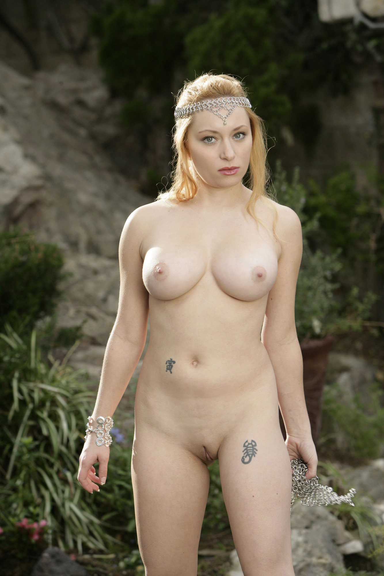 Naked maidens nsfw movies
