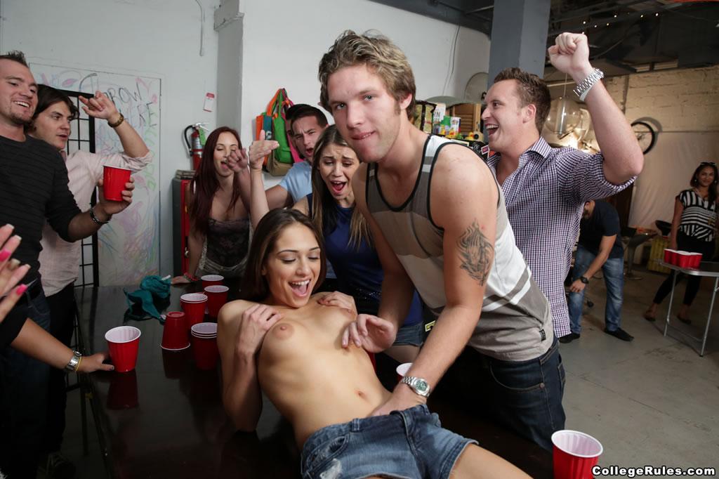 college rules. com foto toples