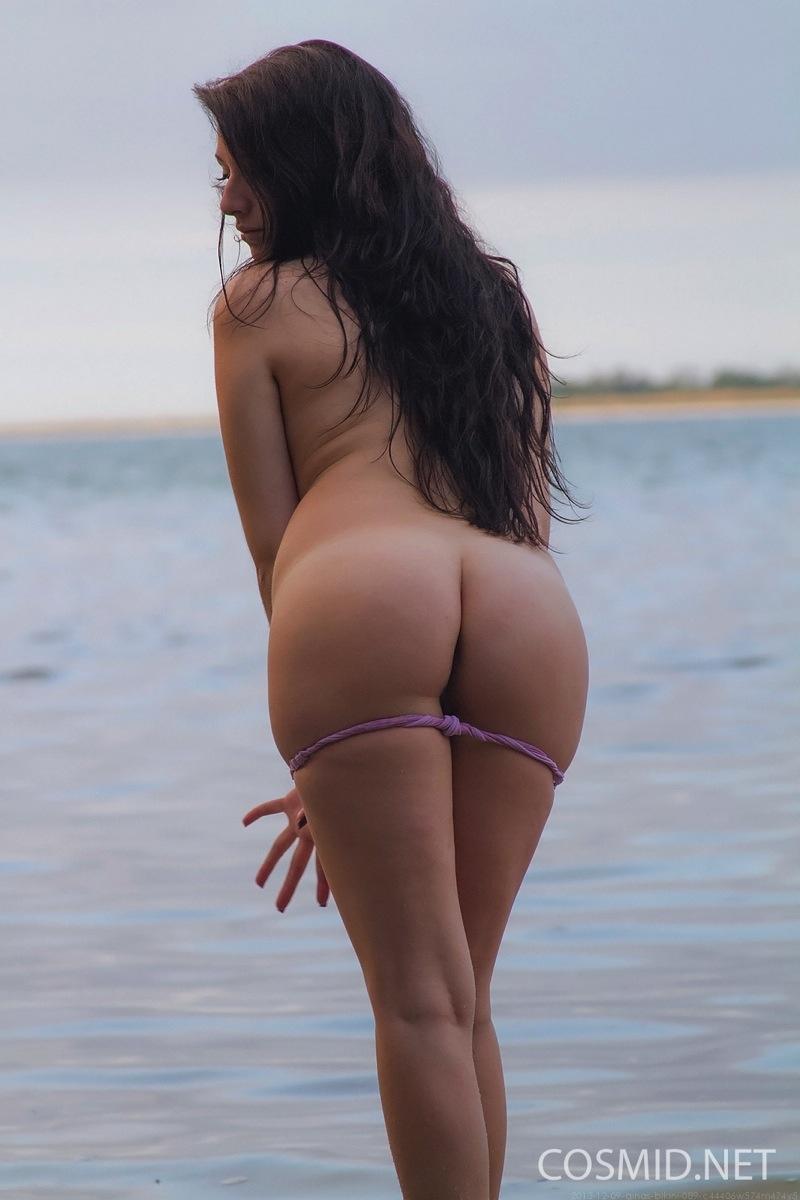 monica barladeanu nude pics