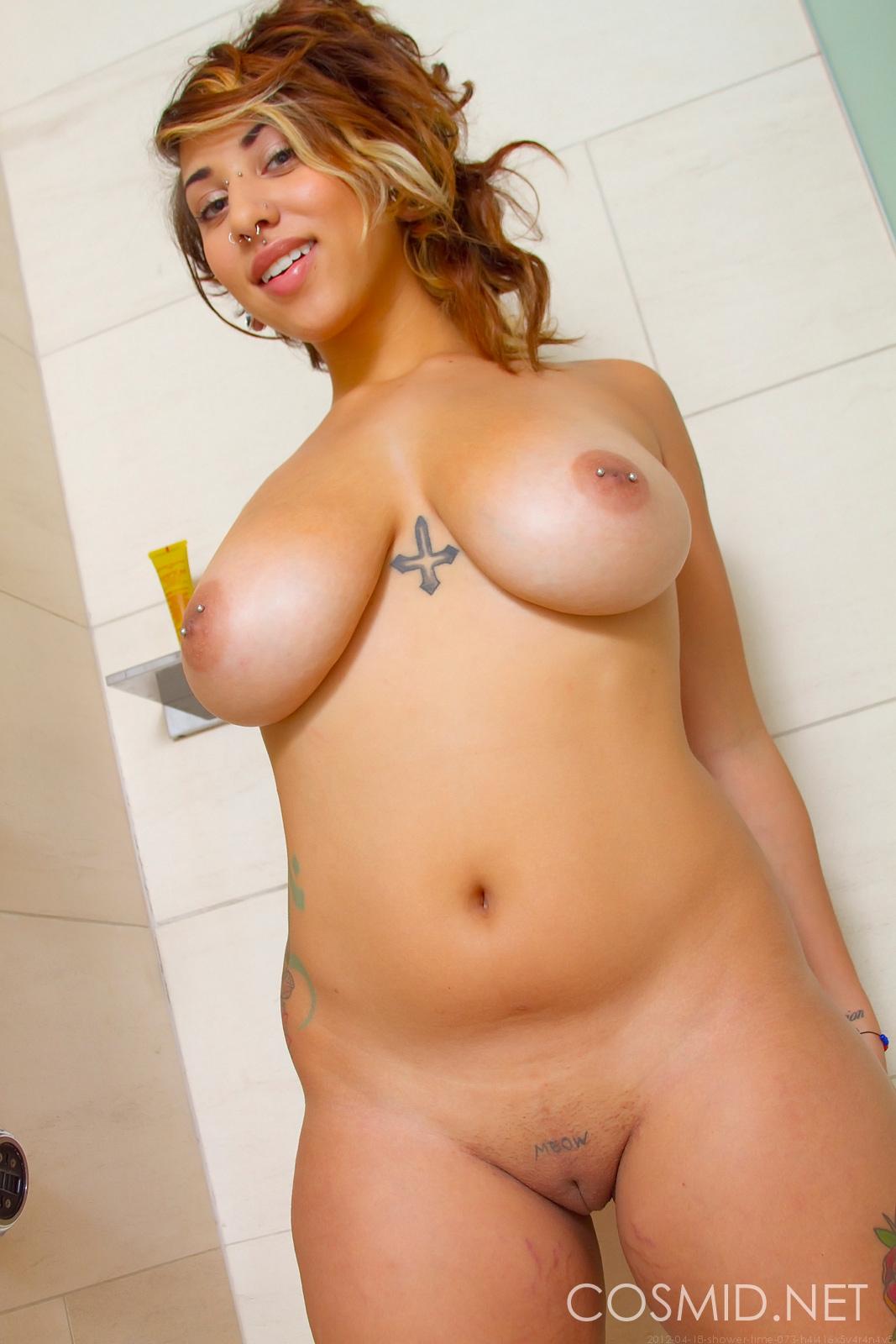 cosmid pics veronika shower time @ girlsfordays