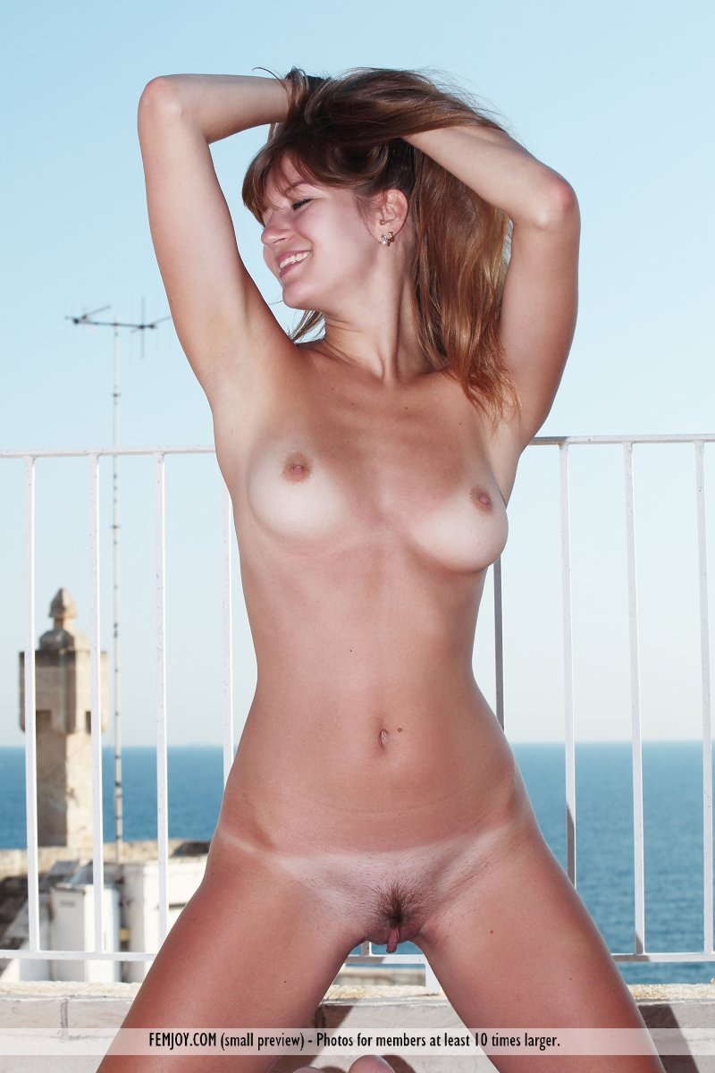 Think, that Great tan lines nude right!
