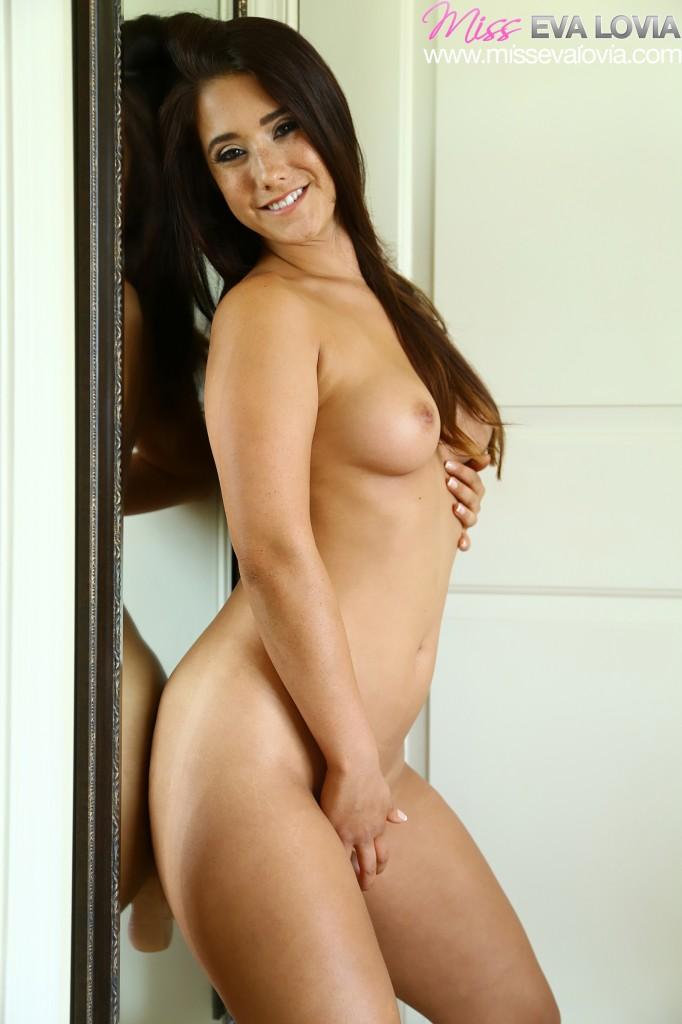 Eva lovia webcam show 4