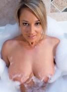 Nikki Sims Bubble Bath #5