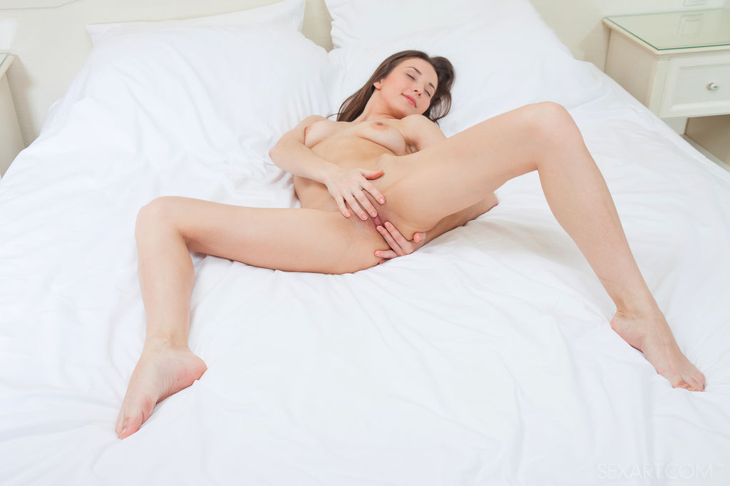promiscuous sex call for girl