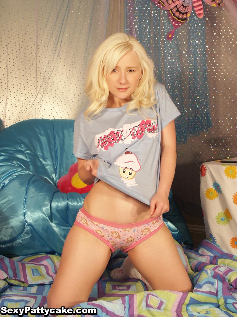 Playboy playmate jennifer miriam nude