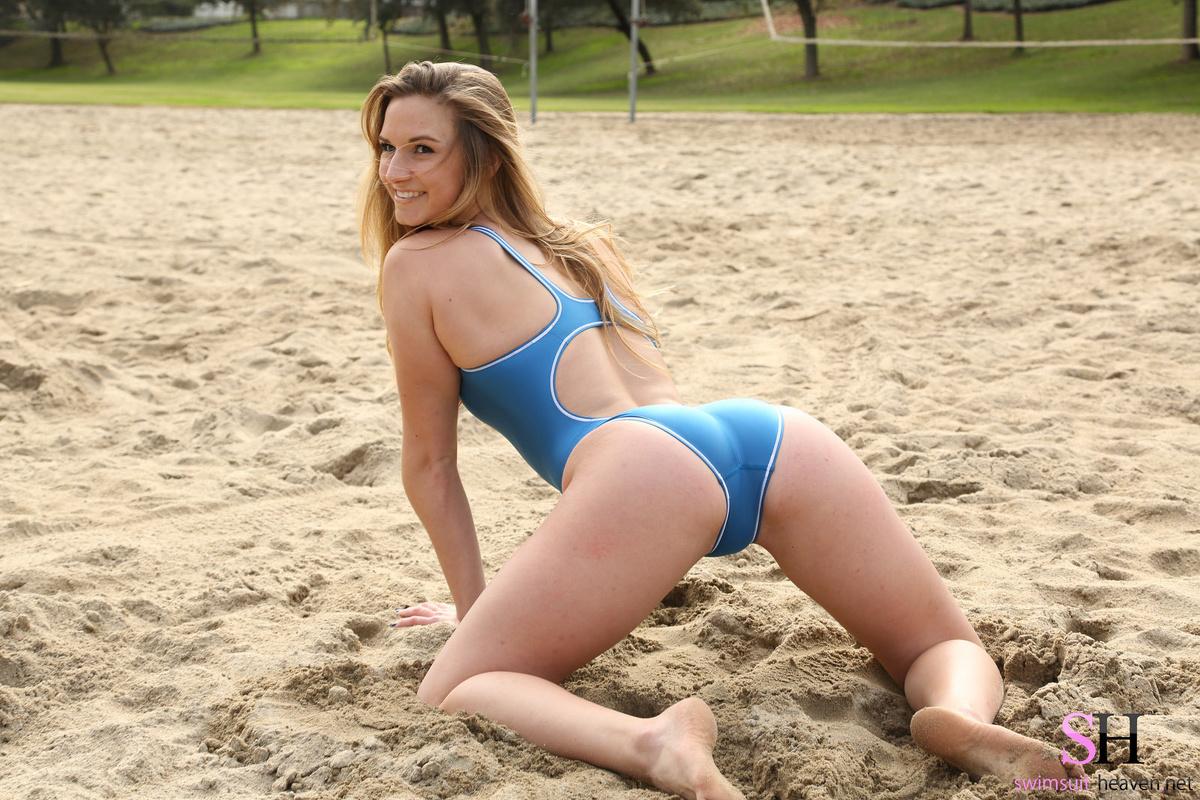 Chick blue bikini swimsuit need yoga girlfriend