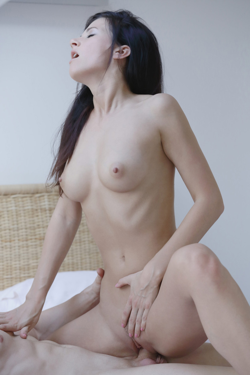 Beautiful japanese naked women-2232
