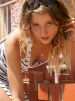 Zishy is an interesting site that aims to have fun, tease, and of course show off some sexy models. Zishy is updated 3-4 times a week so make sure to check it out!