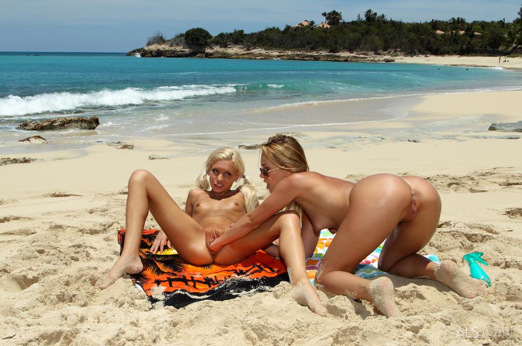 Porno sport girls photo