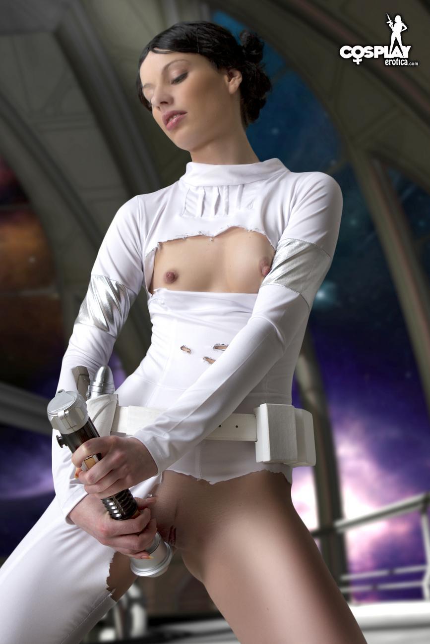 Naked star wars cosplay